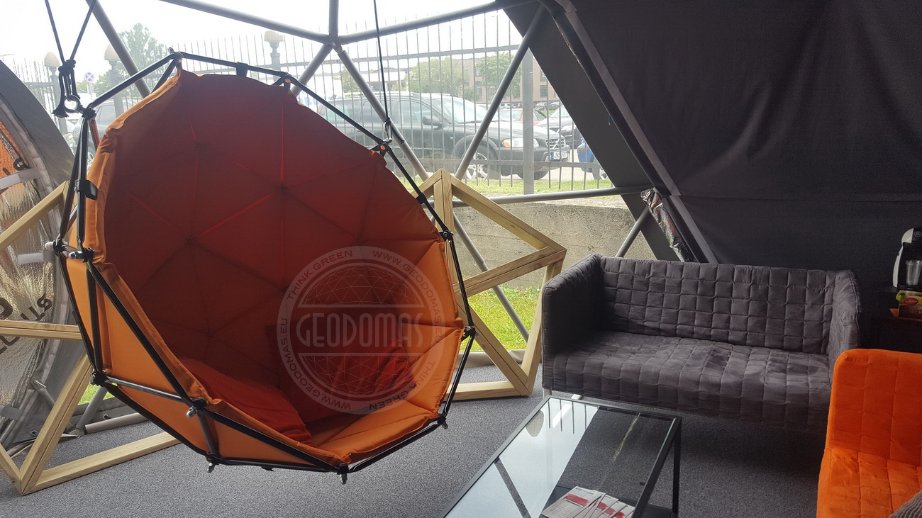 Geodesic Hanging Lounger Ø1,2m | Indoor & Outdoor Use
