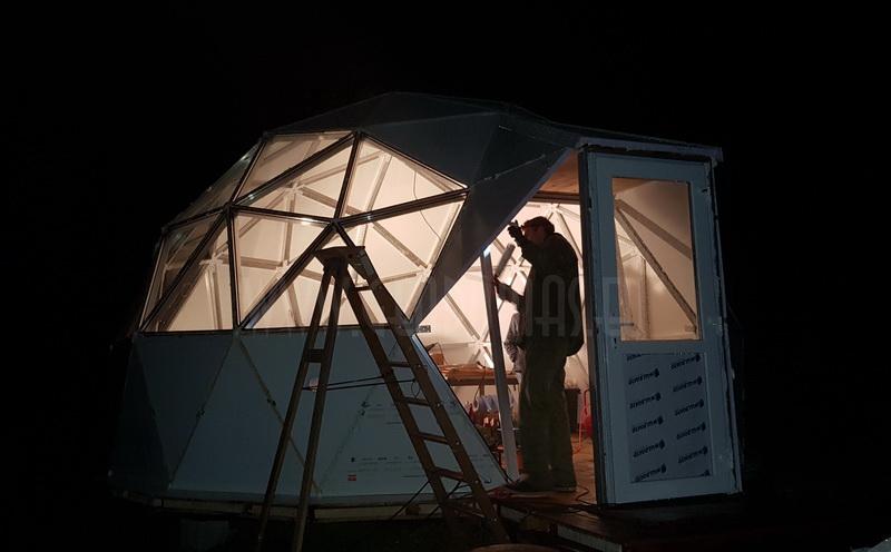 30m2 Ø6m Mobilus namelis | Apšiltintas kupolas su stiklofasadu