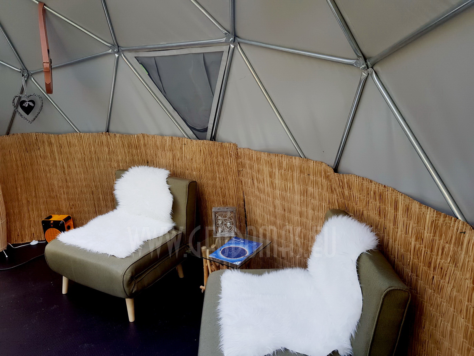Maisons Bulles™ night in a transparent bubble | DOME Ø5m F3 20m2